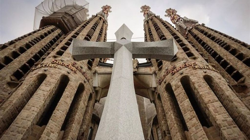 The most misterious facts about Sagrada Familia (and why you should visit it)