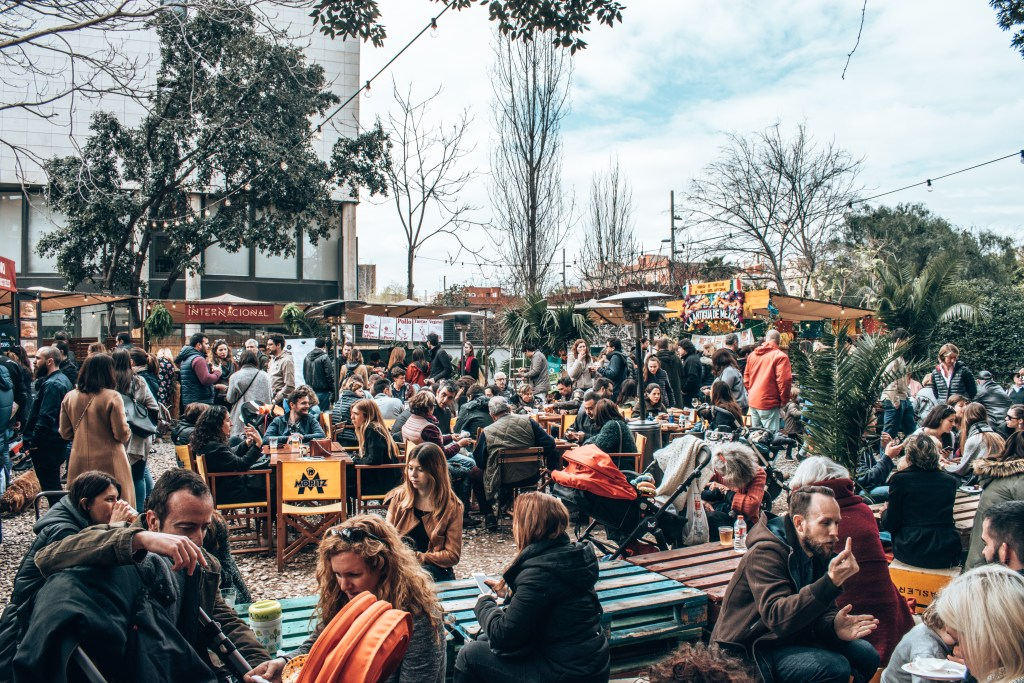 GO WITH THE FLEA! The best weekend flea markets in Barcelona