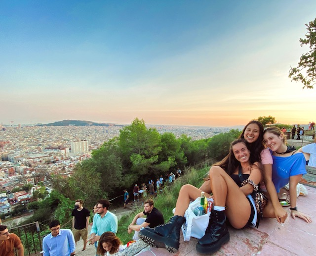 MY COLIVING EXPERIENCE WITH INÈDIT BARCELONA BY EMMA GIL